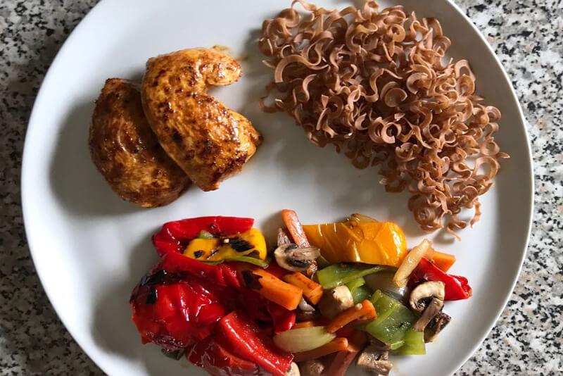 zu sehen ist eine Mahlzeit mit gesunden Eiweißen